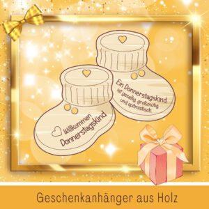 Baby Geschenk personalisiert - Geschenkanhänger Babyschuhe Donnerstagskind
