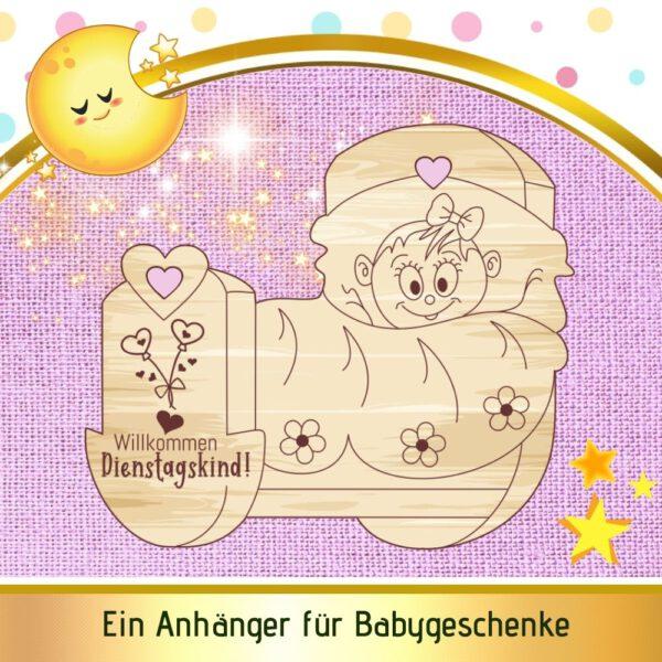 Baby Geschenk zur Geburt - Geschenkanhänger Wiege - Dienstagskind
