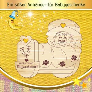 Geschenk für neugeborenen Jungen - Geschenkanhänger Wiege Mittwochskind